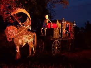 20 halloween house decorations that put your efforts to