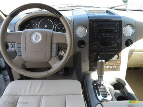 Lincoln Lt Interior by 2016 Lincoln Lt 2017 2018 Best Cars Reviews