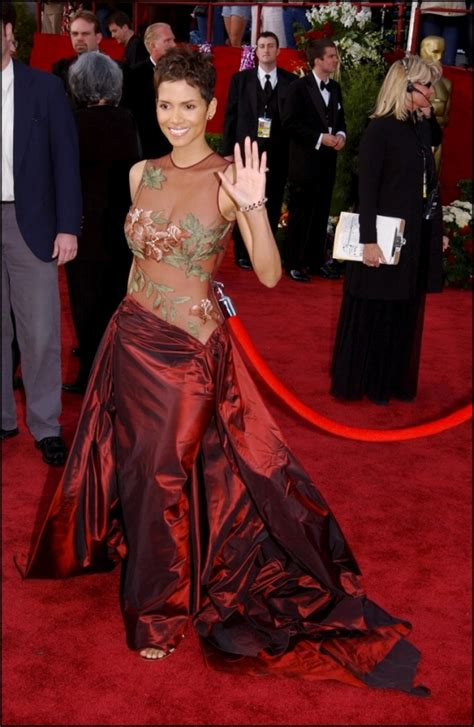 Oscar Fashion Fever by Oscar Fever 10 Best Oscar Dresses Of All Time