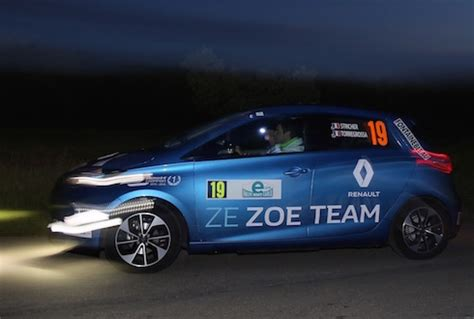renault rally 2016 renault zoe wins 2016 e rallye monte carlo electric nation