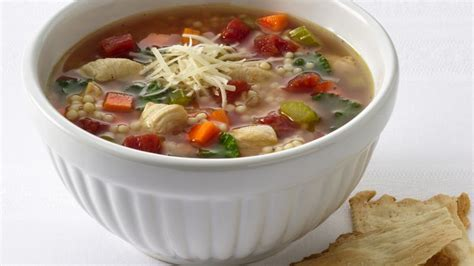 chicken pastina soup chicken and pastina soup recipe from betty crocker