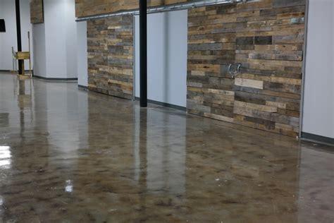 PlexiGlaze #4: A Versatile Epoxy Floor Coating That?s Not