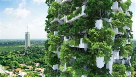 world s tallest vertical garden is growing in sri lanka