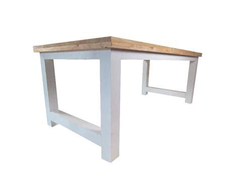 eettafel hout wit onderstel eettafel geschaafd lariks met wit onderstel 180 300 cm