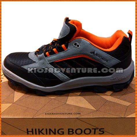 Sepatu Boots Eiger sepatu eiger w144 rhinox hikking boots