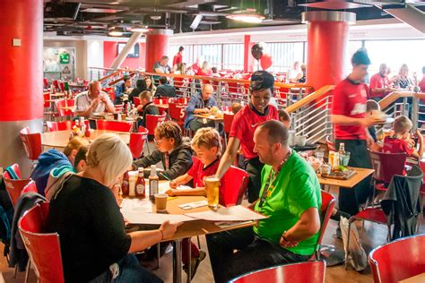 Ma Hester United Football Club Stadium Tour With Meal In