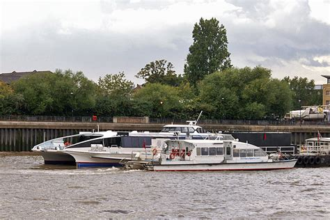 thames clipper updates cyclone clipper thames clippers river thames london