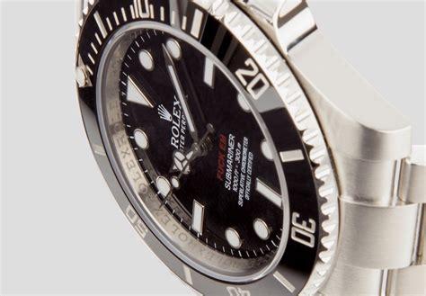 Rolex Suprem 1 the supreme x rolex submariner has a