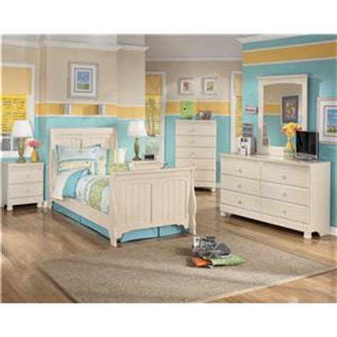 cottage retreat day bed bedroom set signature design by signature design by ashley cottage retreat day bed with