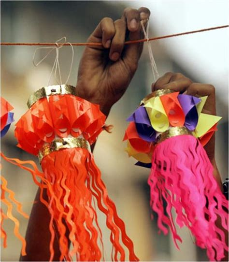 How To Make Diwali Paper Lanterns - rediff make your own lanterns diyas this diwali