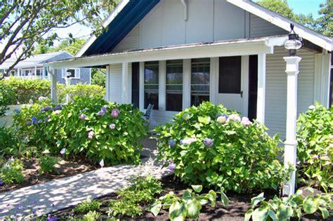 Ebb Tide Cottage by Cottage 1