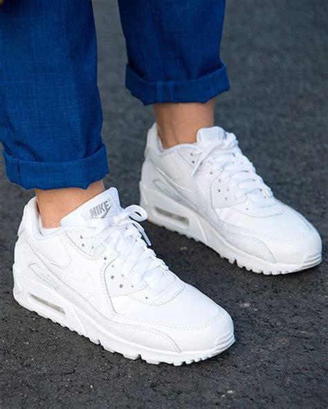 imagenes de los zapatos adidas nuevos aire bajo tus pies air max tennis and clothes