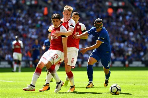 arsenal  chelsea community shield  time report