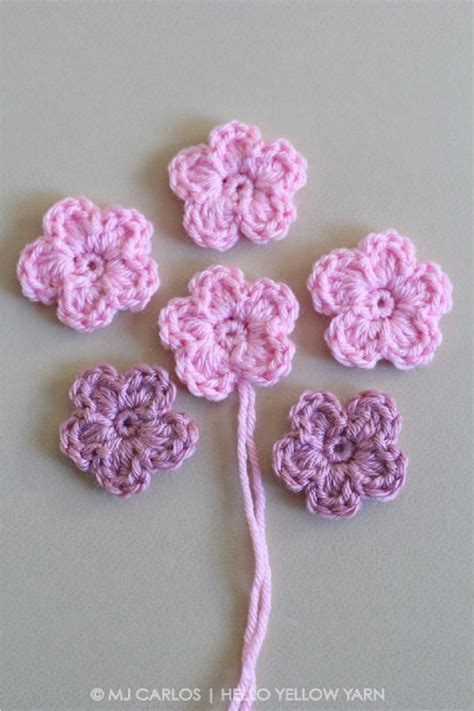 pattern of crochet flowers simple crochet flower pattern and tutorial 11 easy and