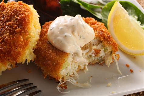 Easy Crab Cake Recipe | 29313 crab cakes jpg