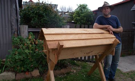 top bar hive uk the kenyan top bar hive beekeeping naturally