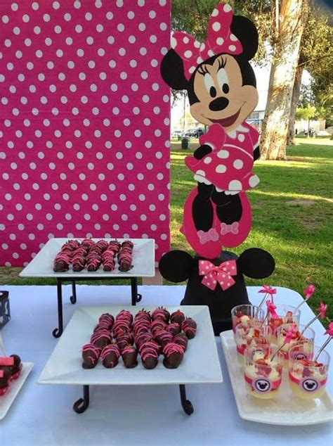 Minnie Mouse Baby Shower Decorations At City by Pink Minnie Mouse Decorations Via