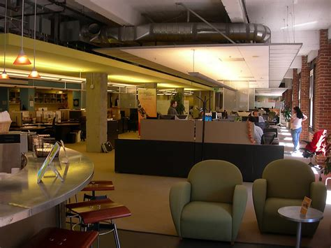 Salesforce Offices by Typical Office Space Salesforce Office Photo Glassdoor