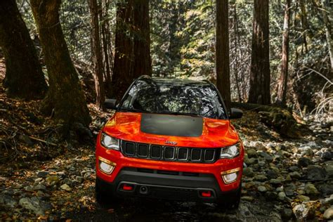 orange jeep compass first look 2017 jeep compass ny daily news