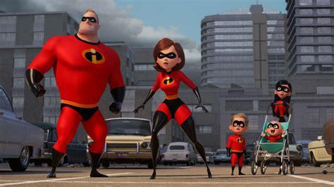 imagenes de los super increibles pixar revela el nuevo elenco y personajes de los
