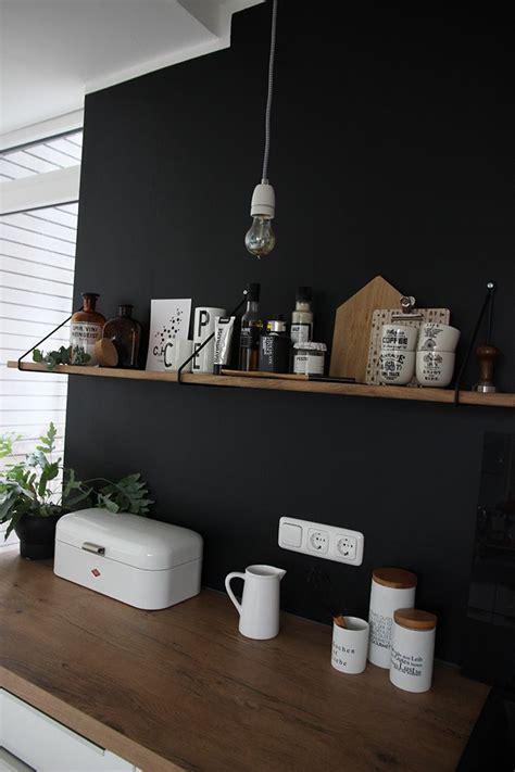 Wand Kronleuchter Schwarz by 17 Ideen Zu Schwarze W 228 Nde Auf Dunkel