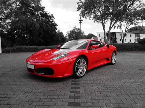 Ferrari Gutschein by Ferrari Selber Fahren