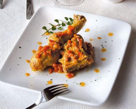 cucina pollo alla cacciatora pollo alla cacciatora con pancetta cucina