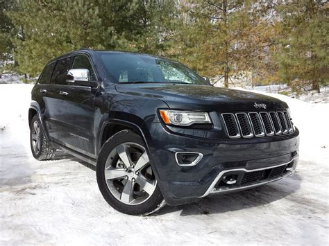 2015 jeep cherokee tires 2015 jeep grand cherokee equal parts pomp and circumstance