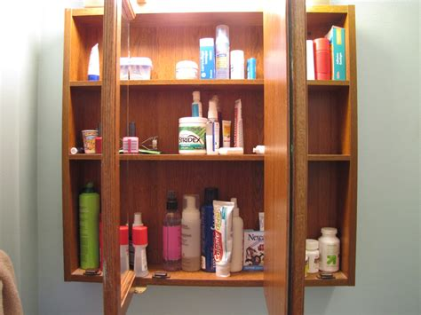 What To In Your Medicine Cabinet by The Survival Medicine Cabinet Preparedness Doom And