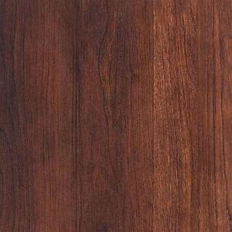 shaw native collection black cherry laminate flooring 5 in x 7 in take home sle sh 322300