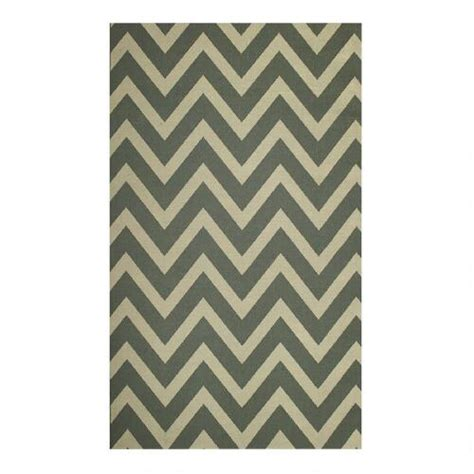 chevron indoor outdoor rug chevron indoor outdoor rug tree shops andthat