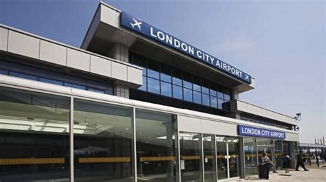 Airport Chauffeur by City Airport Chauffeur Transfers Mercedes