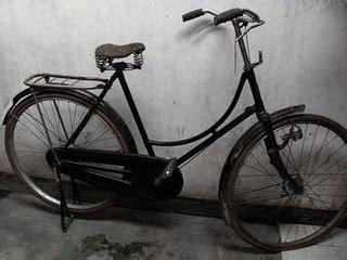 segitiga pengaman tebal by intiled mesin bubut sepeda antik