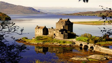 beautiful eilean donan castle hd wallpaper wallpapers