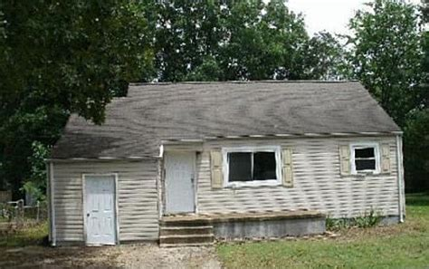1608 prater rd east ridge tn 37412 foreclosed home