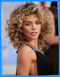 perm hair styles 19 pretty permed hairstyles best perms looks you can try