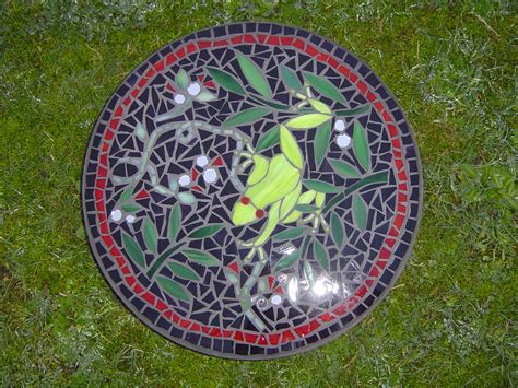 pattern for mosaic stepping stones mosaic frog stepping stone loved this pattern and gave