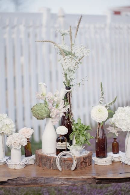 We love our new round wood centerpiece displays just