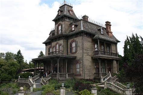 la casa dei fantasmi la vacanza a disneyland resort reportage