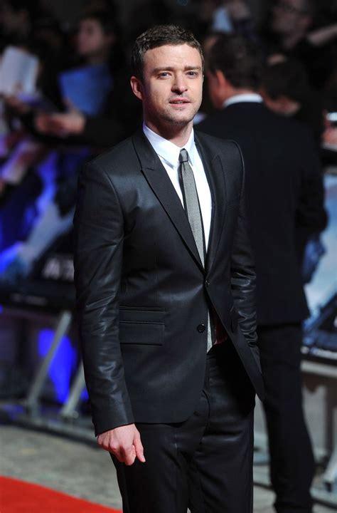justin timberlake black suit white shirt grey tie
