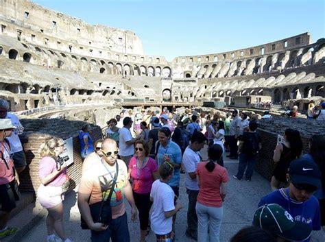 tassa di soggiorno londra 171 roma 232 la citt 224 pi 249 cara d italia londra e parigi costano