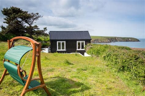 Luxury Cottages In Wales by 1000 Images About Cottages On Islands