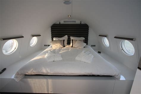 Airplane Bedroom | 12 luxury hotels and resorts with awesome bedroom designs