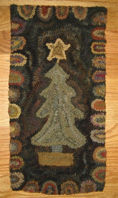 christmas tree hand hooked rugs rug ispiration pinterest