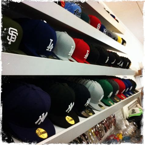 Hat Shelf by Best 25 Hat Storage Ideas On Hat Organization