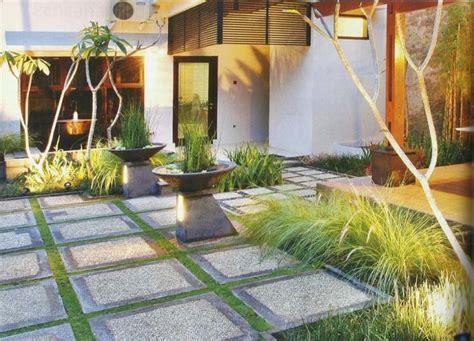 memilih batu alam  desain taman minimalis jasa arsitek jakarta