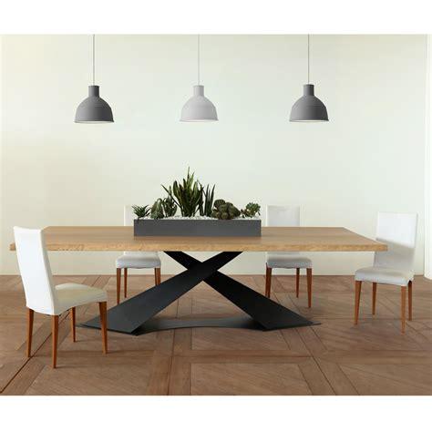 tavoli pranzo design tavolo da pranzo design moderno con piano rovere made in