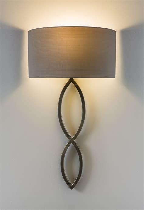 design wandleuchten ausgefallene design wandleuchte mit halbrundem stoffschirm