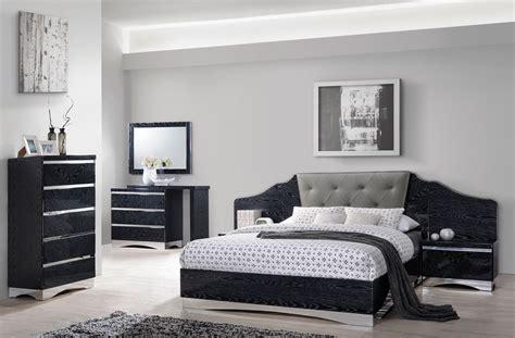 Black Platform Bedroom Sets by Alessandro Glossy Black Platform Bedroom Set 205021q