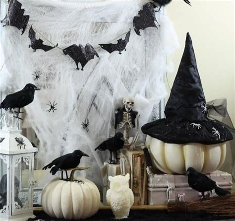 Decorating Ideas In Black And White 31 Ideas For Stylish Black White Decorations